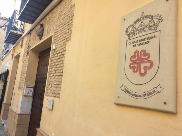 Se aprueba conceder sendas subvenciones por importe de 7.500 euros cada una a las Cáritas Parroquial de Santiago y las Tres Avemarías, Foto 2
