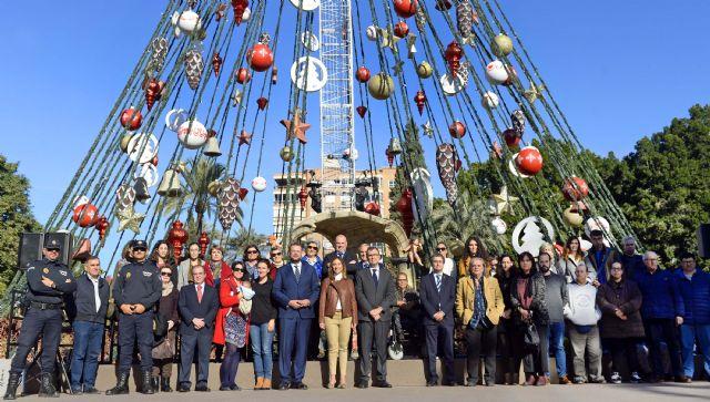 El primer Día Solidario del Árbol de Navidad reunirá a 30 entidades sociales y tendrá como broche de oro el Christmas Rock - 1, Foto 1