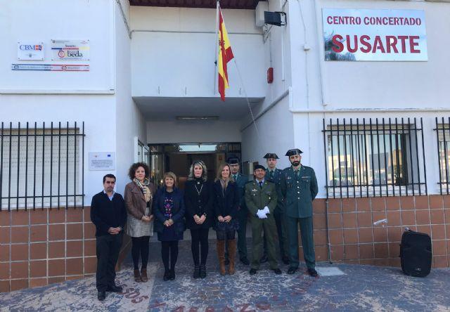 El colegio 'Susarte' celebra con un acto de izado de la bandera el día de la Constitución - 5, Foto 5