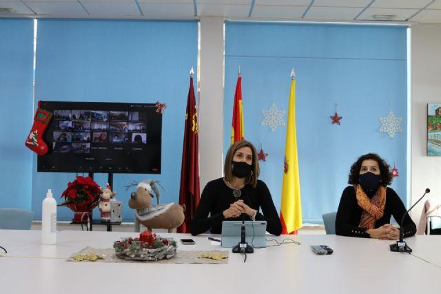 La Alcaldesa de Archena reúne a más de 300 alumnos del municipio con motivo del día de la Constitución - 1, Foto 1
