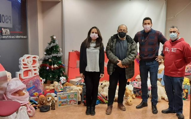 [The PSOE of Totana thanks the totaneros and totaneras for their generosity and solidarity in the toy collection campaign, Foto 2