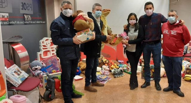 [The PSOE of Totana thanks the totaneros and totaneras for their generosity and solidarity in the toy collection campaign, Foto 3