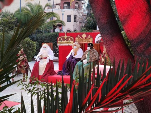 El Ayuntamiento de Mula muestra su agradecimiento a todas las personas que han hecho posible que los niños de Mula hayan podido estar cerca de los Reyes Magos de Oriente - 1, Foto 1