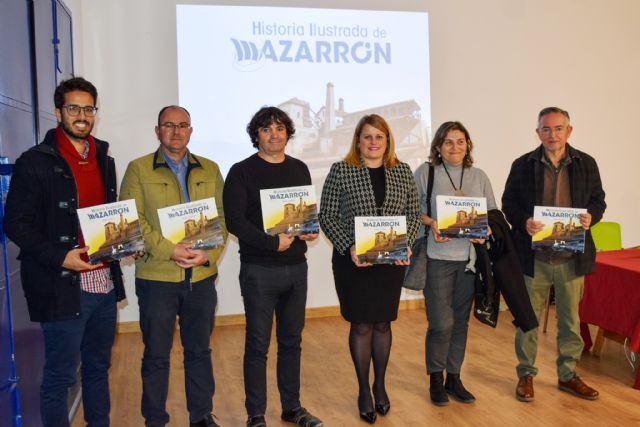 La Historia ilustrada de Mazarrón relata de forma didáctica los acontecimientos que marcaron el devenir del municipio - 1, Foto 1
