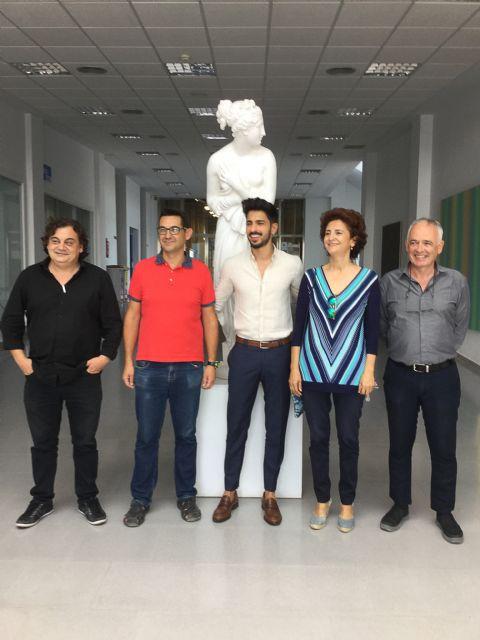 El mazarronero Pedro Alonso obtiene la mención internacional en su doctorado en bellas artes, Foto 1