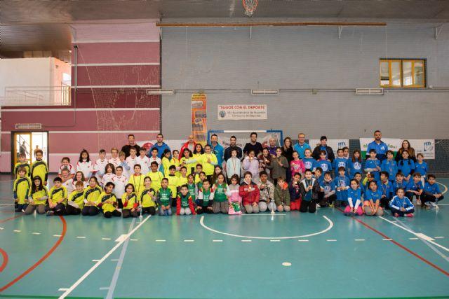 120 alumnos participan en las pruebas de 'jugando al atletismo' del programa de deporte escolar, Foto 1