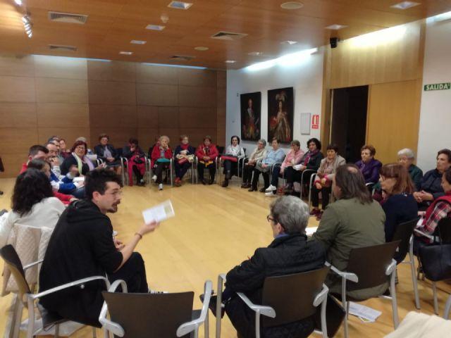 Se re�ne el Consejo Municipal de Igualdad de Totana con el fin de evaluar y promover las actividades programada para el pr�ximo 25-N, Foto 2