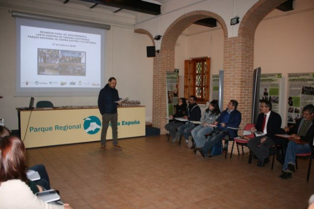 Follow-up Forum of the European Charter for Sustainable Tourism of the Sierra Espuña Territory The meeting was attended by the Councilors for Environment and Tourism, Antonia Camacho and Inmaculada Blázquez, and municipal technicians from both manage - 2