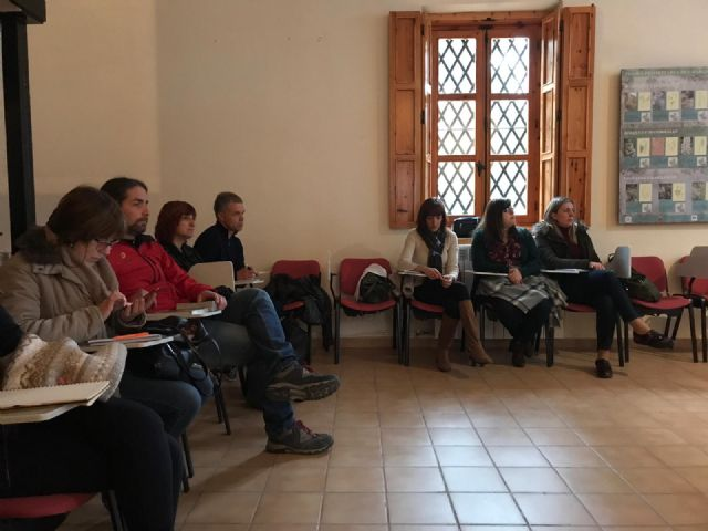 Follow-up Forum of the European Charter for Sustainable Tourism of the Sierra Espuña Territory The meeting was attended by the Councilors for Environment and Tourism, Antonia Camacho and Inmaculada Blázquez, and municipal technicians from both manage - 4