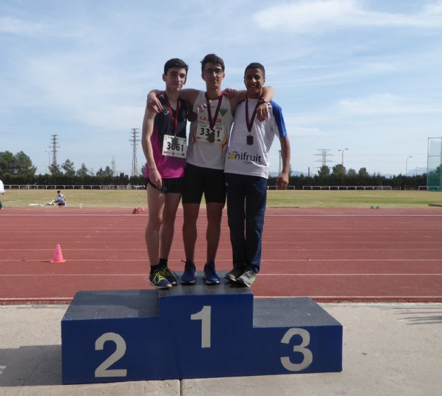 Nueve metales para el Club Atletismo Alhama en el 'Campeonato Sub16 de la Región de Murcia', Foto 1