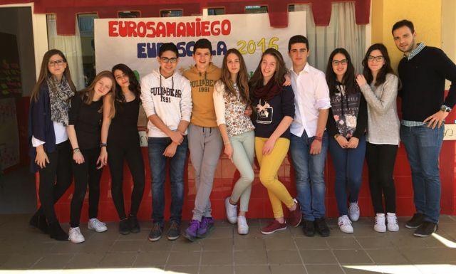Los alumnos del Centro de Enseñanza Samaniego, que participan en el Concurso Euroscola 2016, entrevistaron al Alcalde y al Concejal de Educación - 4, Foto 4
