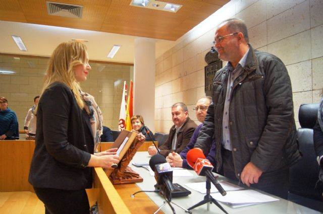 Dimite la alcaldesa-ped�nea de El Raiguero, Foto 2