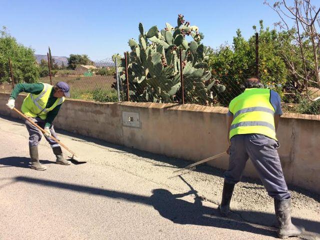 Realizan trabajos de acondicionamiento de ambos márgenes del Camino del Polideportivo para mejorar la seguridad, Foto 5
