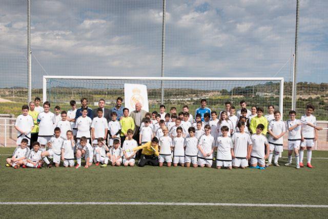La escuela deportiva de la Fundación Real Madrid en Mazarrón triplica el número de alumnos desde su creación, Foto 1