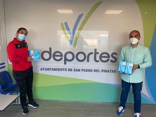 El Ayuntamiento de San Pedro del Pinatar apoya a los clubes locales para combatir la COVID-19 - 1, Foto 1