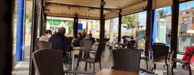 Los bares y restaurantes de Alcantarilla podrán ampliar el espacio que ocupan sus terrazas hasta el 31 de mayo - 1, Foto 1