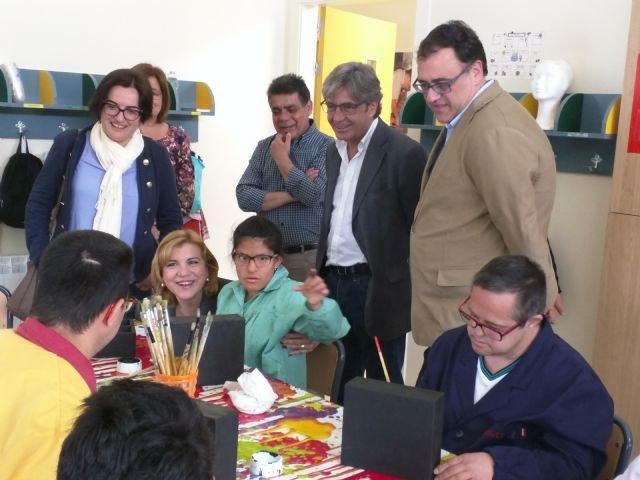 Familia destina más de tres millones a la atención de 120 personas con discapacidad en Cieza - 1, Foto 1