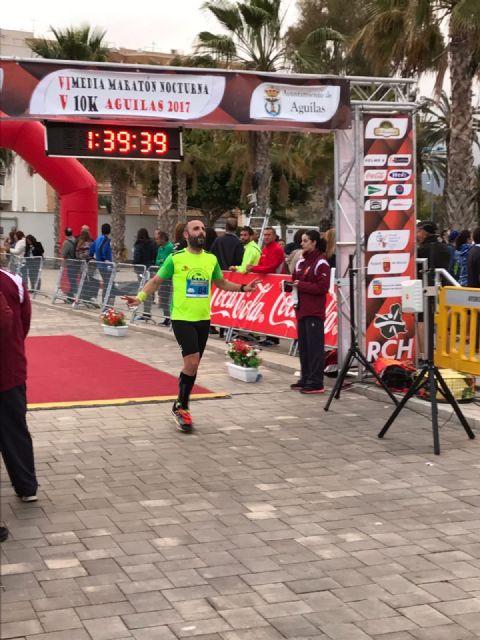 El club Totana Triathlon da comienzo a la temporada de triatlones con la presentación de la nueva equipación y componentes, Foto 2