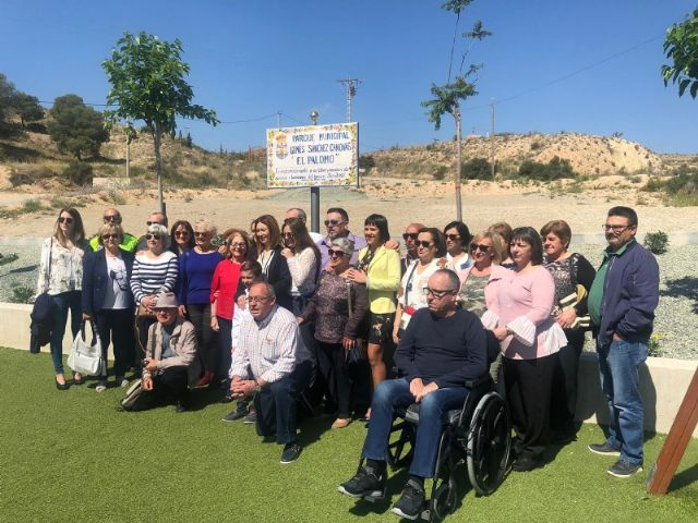 """The name of Ginés Sánchez Cánovas """"El Palomo"""" is given to the new green areas and children's playground built in the San José neighborhood, in compliance with the plenary agreement - 1"""