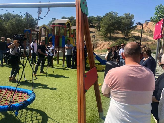 """The name of Ginés Sánchez Cánovas """"El Palomo"""" is given to the new green areas and children's playground built in the San José neighborhood, in compliance with the plenary agreement - 7"""