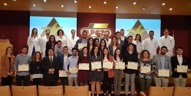 Grupo Fuertes y la UMU entregan los diplomas a los alumnos de la primera promoción del programa Business Talent 2019, Foto 1