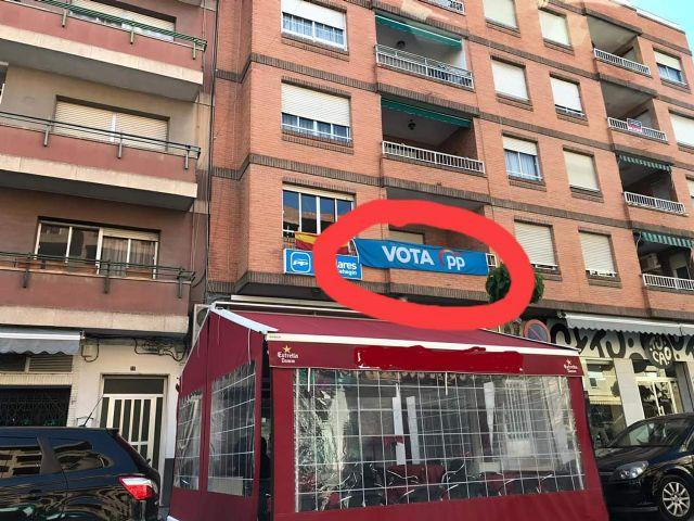 PSOE: La Junta Electoral de Zona ordena al PP la retirada de su pancarta, por incumplir la legislación electoral - 1, Foto 1