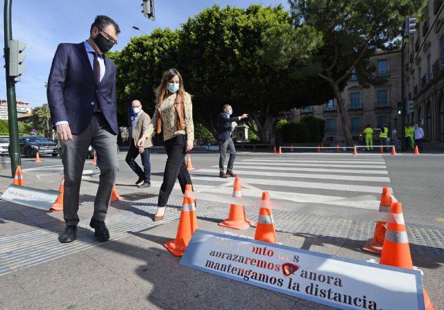 Pasos de peatones que conciencian y protegen frente al coronavirus - 1, Foto 1