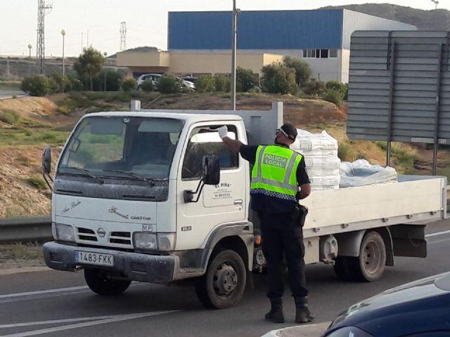La Delegación del Gobierno destina a Mazarrón 8.400 mascarillas para la seguridad en transportes y del personal de servicios esenciales y colectivos vulnerables, Foto 2