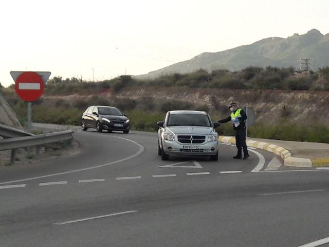 La Delegación del Gobierno destina a Mazarrón 8.400 mascarillas para la seguridad en transportes y del personal de servicios esenciales y colectivos vulnerables, Foto 3