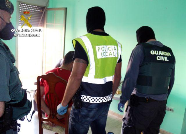 La Guardia Civil desmantela en Águilas un punto de venta de sustancias estupefacientes - 1, Foto 1