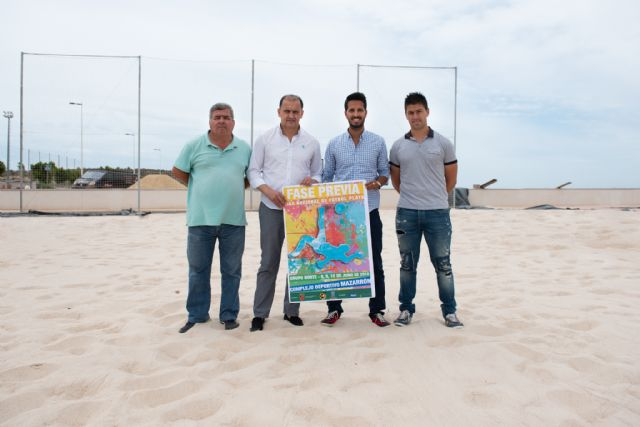 Mazarrón acoge la fase previa de la liga nacional de fútbol playa, Foto 1