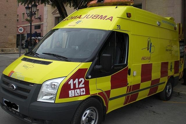 The file for the hiring of an emergency ambulance vehicle type UVI-Mobile for the City of Totana - 1