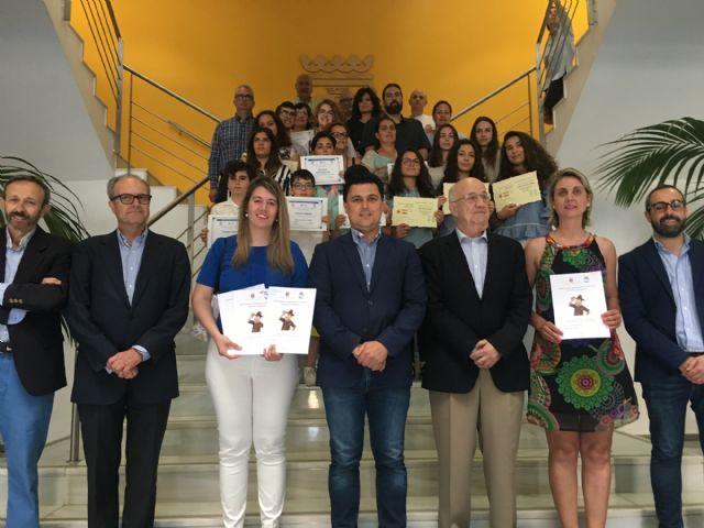Alumnos de San Javier, Mazarrón, Alhama, Cieza y Molina de Segura copan los premios regionales de Investigación Histórica, Foto 2