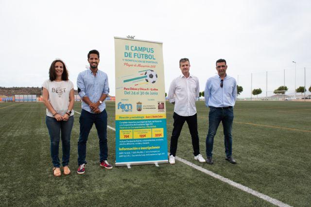 Campus de fútbol y tecnificación de porteros en el Complejo Deportivo, Foto 1