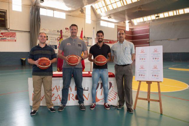 El Campus Quini García anima a practicar el baloncesto en Mazarrón, Foto 1