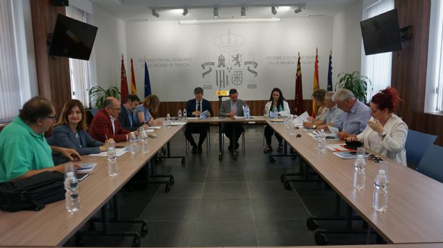 El Programa de Fomento de Empleo Agrario destina cinco millones de euros para la contratación de 1.300 trabajadores   de zonas rurales deprimidas de la Región de Murcia, Foto 1