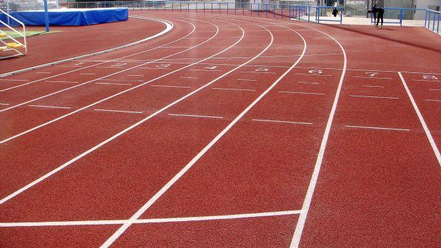 El Ayuntamiento invierte más de 660.000 euros en la reparación y acondicionamiento de la pista de atletismo - 2, Foto 2