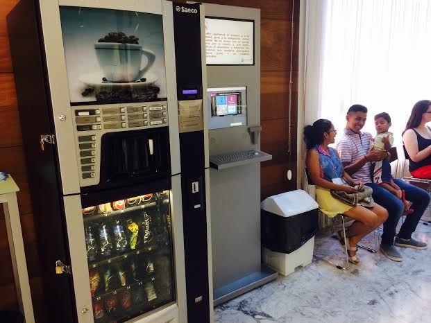 Se aprueba el pliego para contratar la instalación y explotación de máquinas expendedoras de bebidas y otros productos, Foto 1