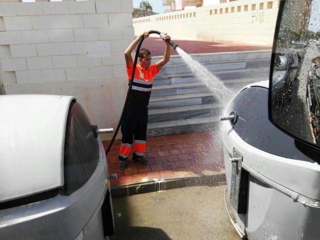 El ayuntamiento amplía el servicio de limpieza reforzando horarios y renovando maquinaria, Foto 2