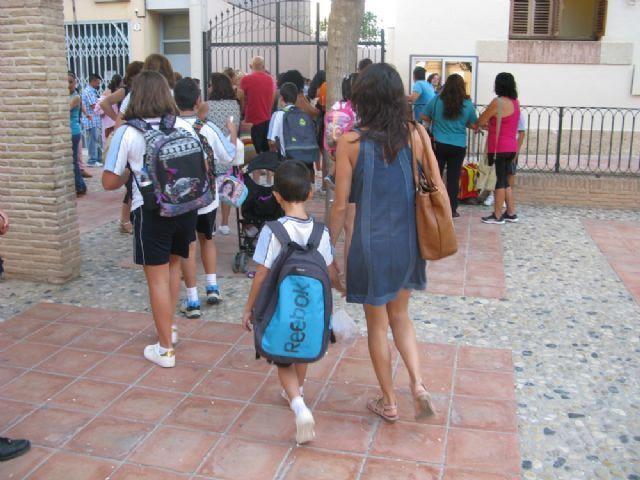 El curso escolar 2017/18 comenzará en Educación Infantil y Primaria el 8 de septiembre; y en ESO y Bachillerato el 18 del mismo mes, Foto 1