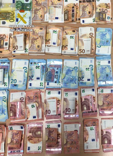 La Guardia Civil destapa el tráfico de drogas en una asociación cannábica de Torre Pacheco - 1, Foto 1