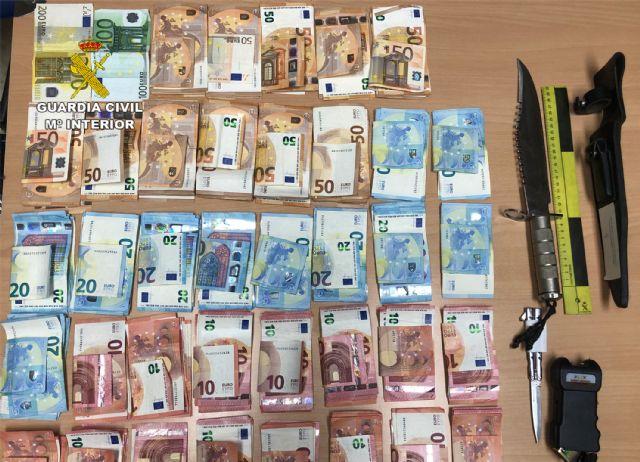 La Guardia Civil destapa el tráfico de drogas en una asociación cannábica de Torre Pacheco - 2, Foto 2