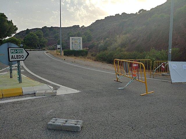 Aunque Totana continúa esta semana en Fase 1, se van a retirar las vallas colocadas en La Santa - 2, Foto 2