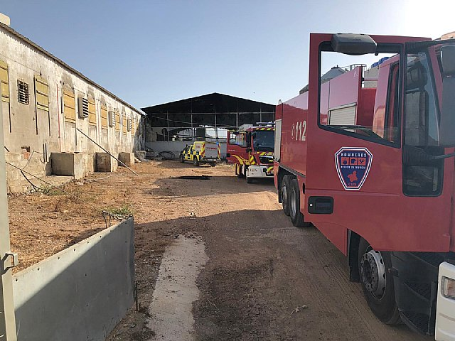 Incendio de una granja porcina en Puerto lumbreras - 1, Foto 1