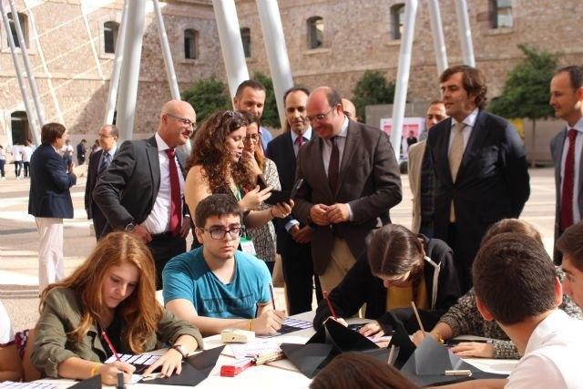 Pedro Antonio Sánchez: Las buenas ideas y el empeño de los emprendedores fortalecen el proyecto de futuro de la Región, Foto 4