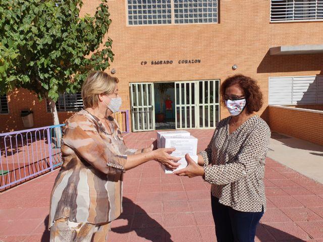 Nota de prensa sobre reparto de mascarillas en centros docentes de Molina de Segura - 3, Foto 3