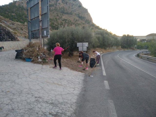 Contratados 11 desempleados agrícolas para arreglar diversos caminos rurales del municipio - 1, Foto 1