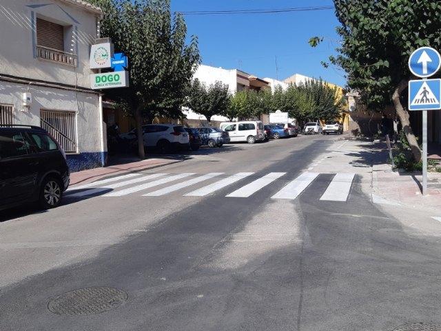 Finalizan las obras de arreglo de un tramo de la red de alcantarillado en la calle General Aznar que provocaban daños en las viviendas y comercios colindantes, Foto 1