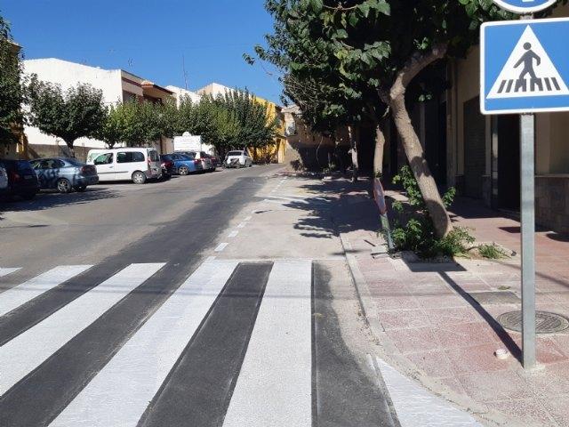 Finalizan las obras de arreglo de un tramo de la red de alcantarillado en la calle General Aznar que provocaban daños en las viviendas y comercios colindantes, Foto 2