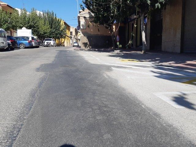 Finalizan las obras de arreglo de un tramo de la red de alcantarillado en la calle General Aznar que provocaban daños en las viviendas y comercios colindantes, Foto 3